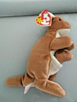1996 TY Beanie Babies POUCH the kangaroo stuffed plush toy w