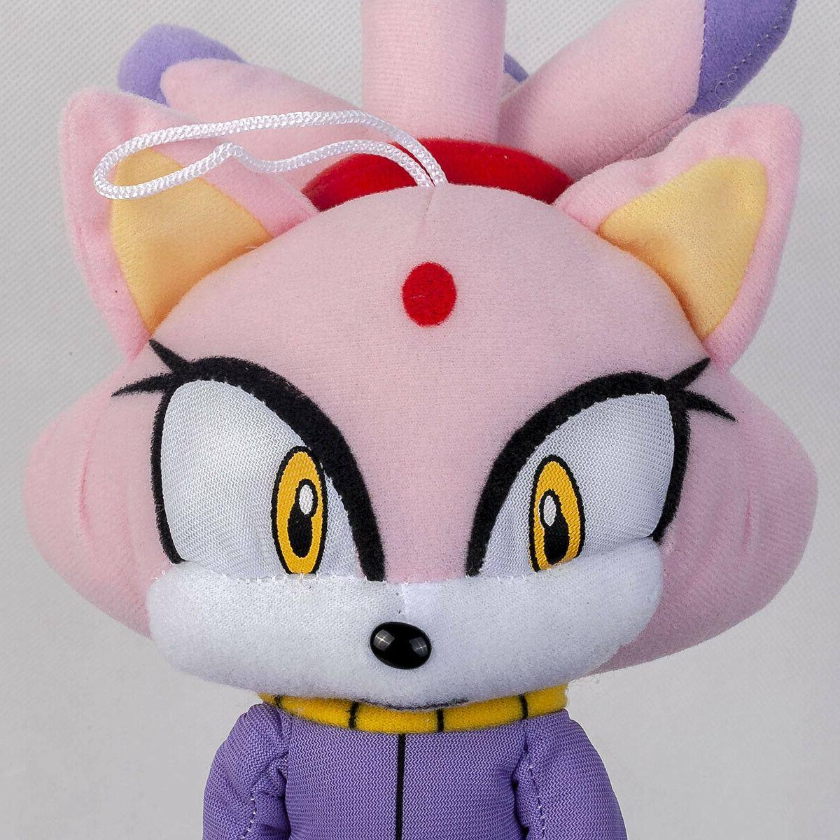 Sonic The the Cat Doll 13