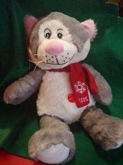 """Petsmart """"Lucky"""" 2017 Collectible Plush Toy Cat with Squ"""